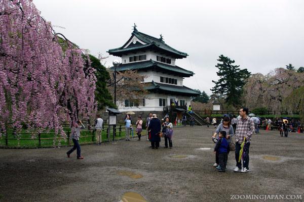 Spring in Japan: Hirosaki Castle, Aomori