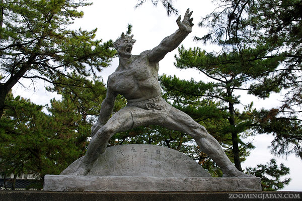 Statues around Shimabara Castle