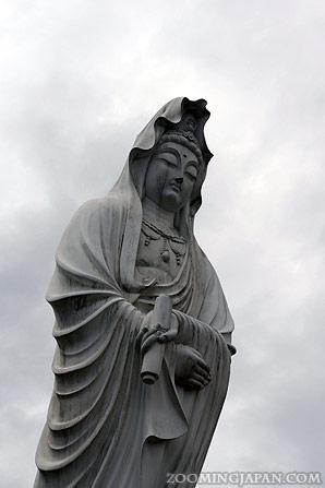 statue in akita prefecture